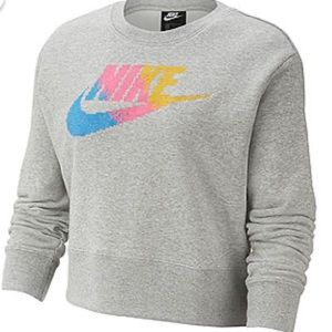 NWT Nike Womens Crew Neck Long Sleeve Sweatshirt!